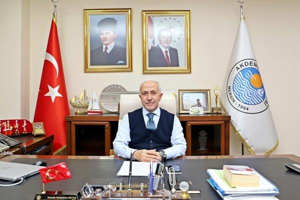 Akdeniz Belediye Başkanı M. Mustafa Gültak: İso 500'e giren mersinli firmaları tebrik etti