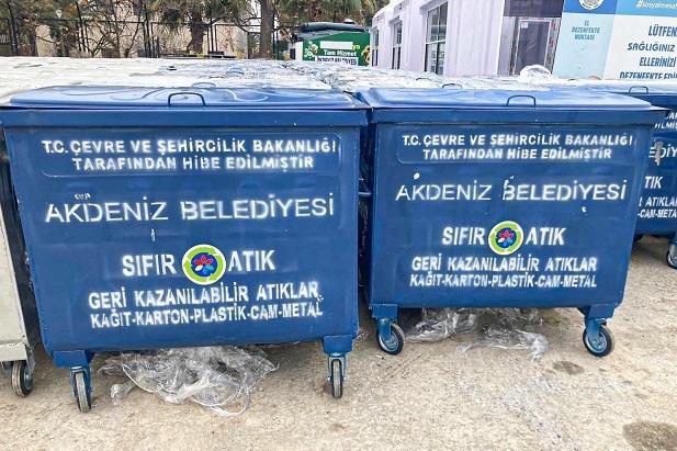 Akdeniz Belediyesi temizliğe çok önem veriyor