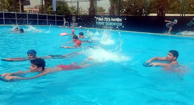 Akdeniz'de Yüzme Bilmeyen Çocuk Kalmayacak!
