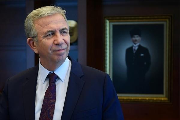 Ankara Büyükşehir Belediye Başkanı Mansur Yavaş: Gençlere eğitim desteği vermeyi sürdürüyor