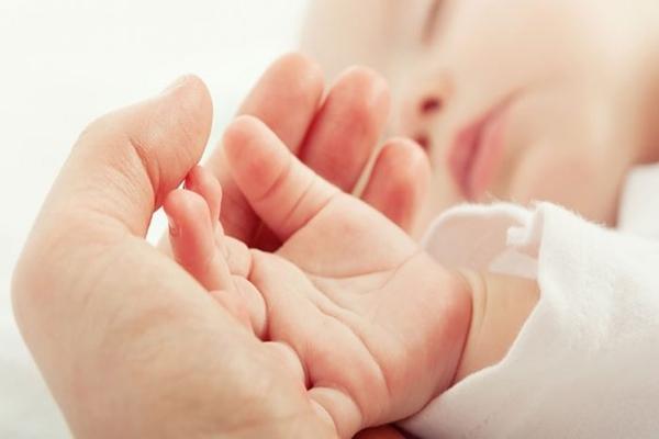 Anne-bebek gelişimine olan olumlu etkisi artık ebeveyn tarafından bilinen bir gerçek