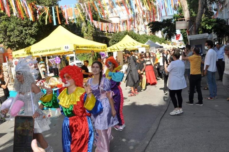 Çamlıbel Sokak festivali ile şenlendi