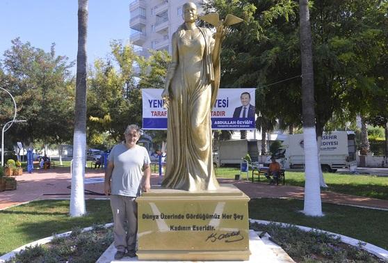Yenişehir'e barış heykeli