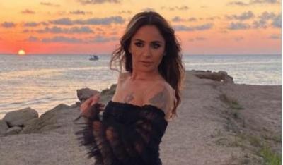Güzel Şarkıcı Özen Yıldırım 'Sakın Ha ' Dedi