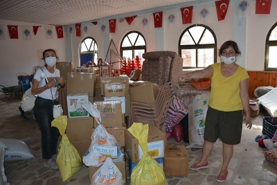 Mersin'de sivil toplum kuruluşları yangın mağdurlarına yardımlar götürdü