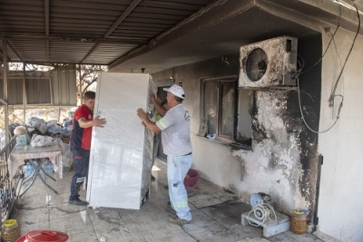 Mersin'de Yangından etkilenen vatandaşlar için Yaralar Sarılmaya çalışılıyor