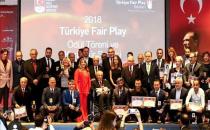 Türkiye Milli Olimpiyat Komitesinden Şeref Diploması