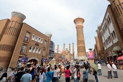 Xinjiang'da ilk 7 ayda turist sayısı 120 milyonu aştı